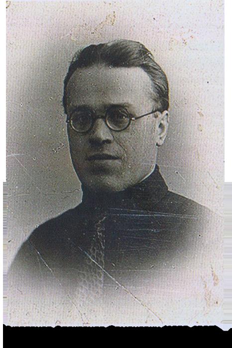 Директор Музея народной связи Александр Семенович Кудрявцев